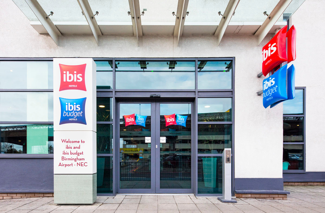 architectural and interior photography of Ibis Hotel, Birmingham Airport.